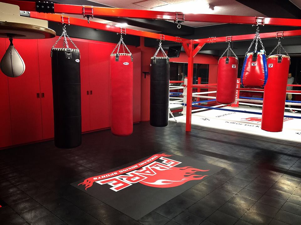 ボクシングジム 内装デザイン 運営